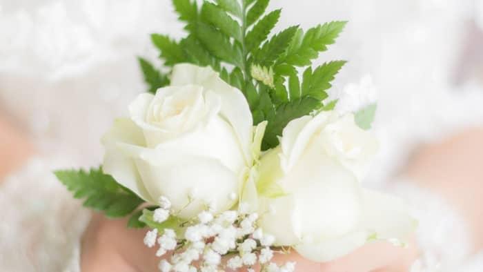 diy wedding corsage