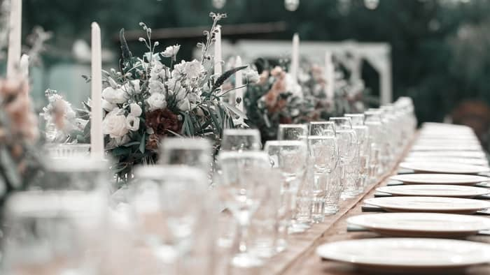 where to buy alcohol for wedding